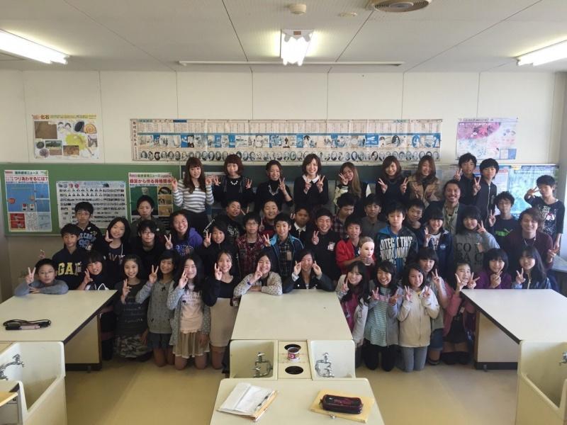 新蟹江小学校で、「美容師」という、職業を語る、出前授業に行ってきました。