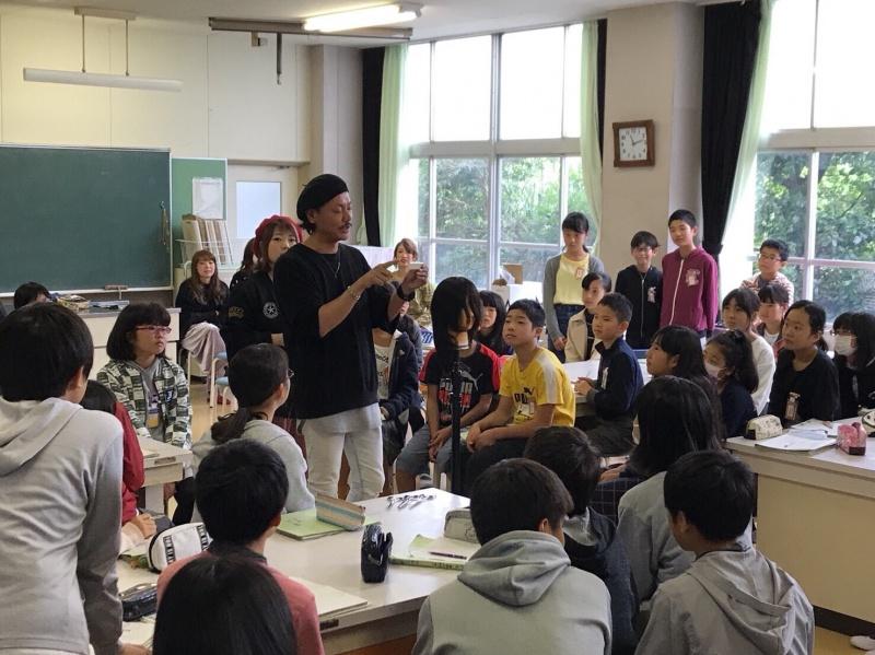 今年も、新蟹江小学校で、出張課外授業してきました。